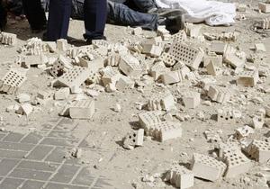На Майдане Незалежности часть рухнувшей стены убила прохожего