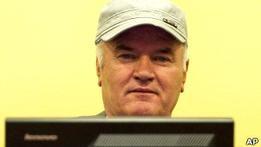 Генерал Ратко Младич попал в гаагскую больницу