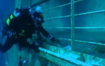 Costa Concordia: прогулка по затонувшему лайнеру
