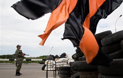СМИ:  Ополченцы  укрепляются в Донецке и его окрестностях