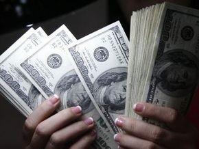 НБУ с начала года продал на межбанке свыше восьми млрд долларов