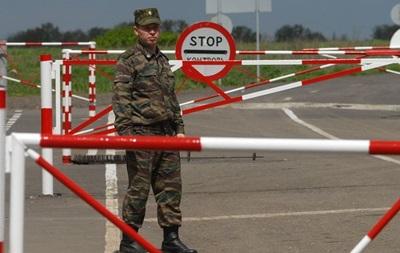 Таможенники РФ сообщают о повреждении украинским снарядом автовокзала в Гуково