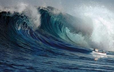 Угроза цунами после землетрясения в Японии миновала