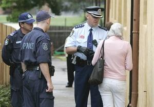 В Сиднее полиция блокировала девушку с бомбой на шее