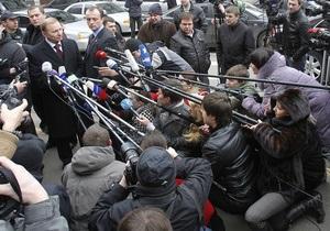 Кучма и его адвокаты еще не получили ответ на просьбу об отводе следователя