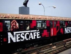Корреспондент: Чиновники и посредники получают сверхприбыли от рекламы в столичном метро