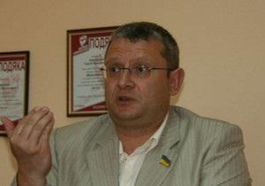 Еще один депутат заявил об избиении своего помощника правоохранителями