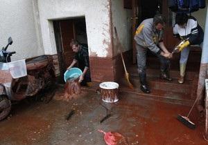 Два венгерских города затопило ядовитыми отходами: есть жертвы