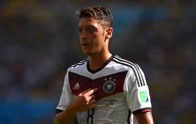 Полузащитник сборной Германии пожертвовал свою часть призовых детям Бразилии