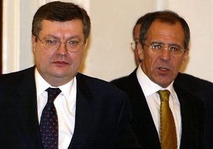 Лавров и Грищенко обсудили новые вызовы и угрозы