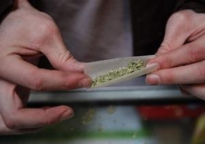Немецкая полиция изъяла у мужчины рождественский календарь с марихуаной