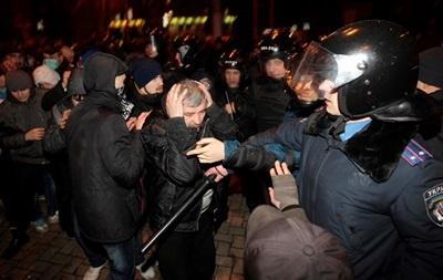 Спикеру Днепропетровского облсовета припомнили  титушек  в здании ОГА