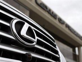 Российские чиновники пытались купить Lexus для тушения пожаров