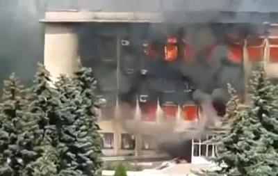 В сгоревшей госадминистрации Дзержинска находились люди