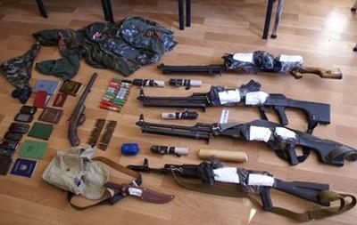 В Мариуполе задержали еще трех членов банды Чечена, финансировавшей ДНР за счет грабежей