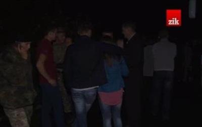 Родственники бойцов батальона  Львов  перекрыли дорогу