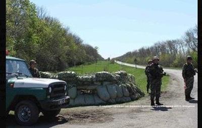 На блокпосту в Донецкой области задержаны четверо украинцев и россиянин