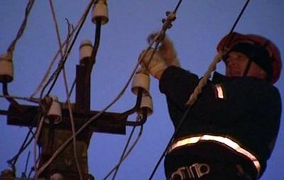 В Луганске повреждено пять линий электропередач, некоторые предприятия обесточены