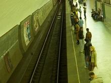 Самоубийцей в киевском метро оказался семиклассник