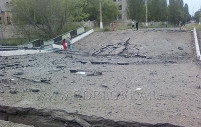 В Горловке подорвали железную дорогу и автомобильный мост