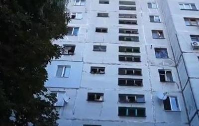 В жилом квартале Луганска разорвался снаряд