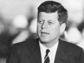 87-летняя американка заявила, что забеременела от Кеннеди во время Второй мировой
