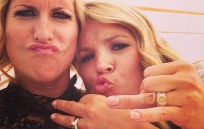 В Швеции олимпийская чемпионка женилась на своей подруге