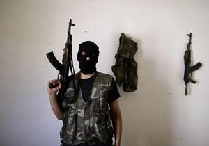 Сирийские повстанцы желают победы Митту Ромни