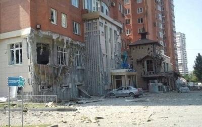 Наблюдатели ОБСЕ зафиксировали последствия артобстрела Донецка
