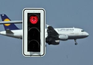 В Греции десятки авиарейсов сбились с графика