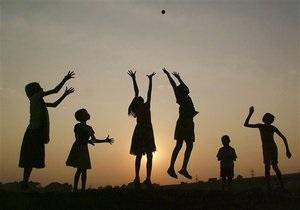 В США за последние десять лет дети стали вчетверо чаще относить себя к противоположному полу