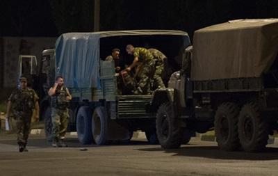 Задержанные в России украинские офицеры вернулись домой - СМИ