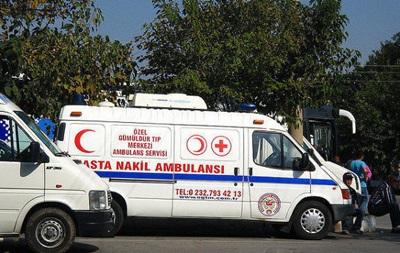 В Турции перевернулся пассажирский автобус, пострадали 52 человека