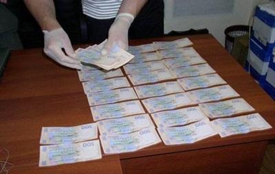 Директора столичного Центра культуры задержали при получении взятки
