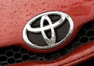 Проблемы с тормозной системой: Toyota отзывает 437 тысяч машин-гибридов