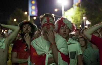 В Англии запретят фанатам выкладывать в соцсети видео с футбольных матчей