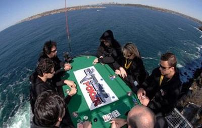 Самые экстремальные способы сыграть в покер