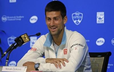Лучший теннисист планеты станцевал и облился ледяной водой