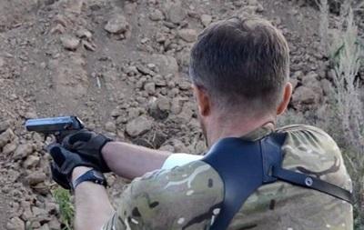 Силовики показали, как тренируются батальон Шахтерск и Нацгвардия