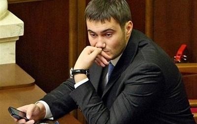 Янукович-младший жил в 2013 году на одну зарплату
