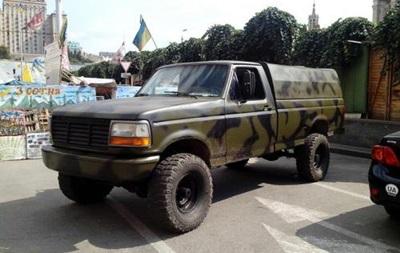 Украинцы переделывают машины в военную технику для АТО