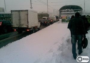 Минтранс Украины: Проезд автодорогами обеспечен, аэропорты работают без ограничений