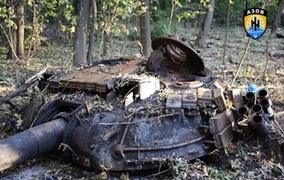 Под Новоазовском подбиты два танка сепаратистов - Нацгвардия