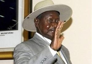 Президент Уганды запишет собственный рэп-альбом