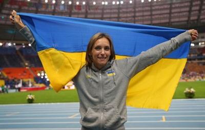 Булатов пообещал чемпионке мира  Саладухе решить проблему с жильем