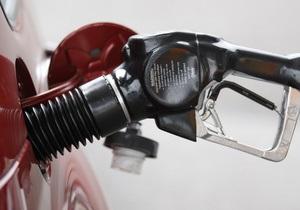 Стоимость бензина - С начала майских праздников в Украине существенно подешевел бензин