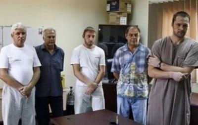 18 украинцев, пробывших три года в ливийском плену, вернулись домой