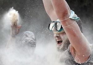 Фотогалерея: Белая война. На Трухановом острове прошли зрелищные бои мукой