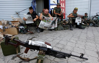 Минобороны передало МВД тяжелое вооружение – советник Авакова