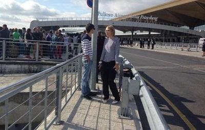 Аэропорт в Петербурге эвакуируют из-за звонка о минировании
